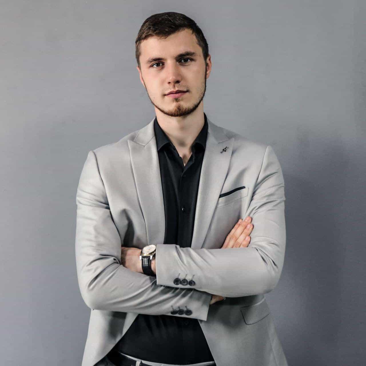 Максим Беляков: Директор